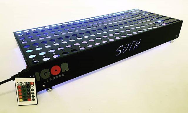 Pedalboard 70x30 Premium Preto fosco microtextura pronto do nosso cliente _igorlleandro47 com direit
