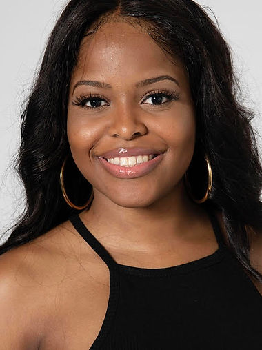 Claudia W.