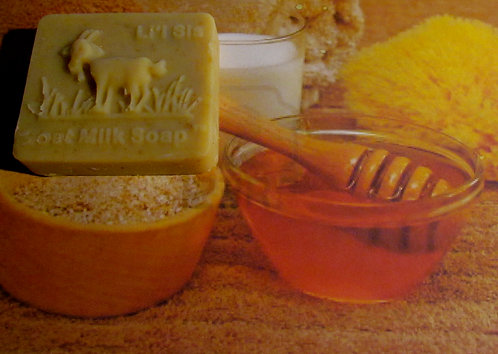 Li'l Sis Oatmeal Honey Spice Goat Milk Soap