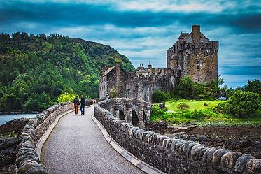 Eilean Donan Castle, Scotland | 7 Day Private Castle Tour Itinerary