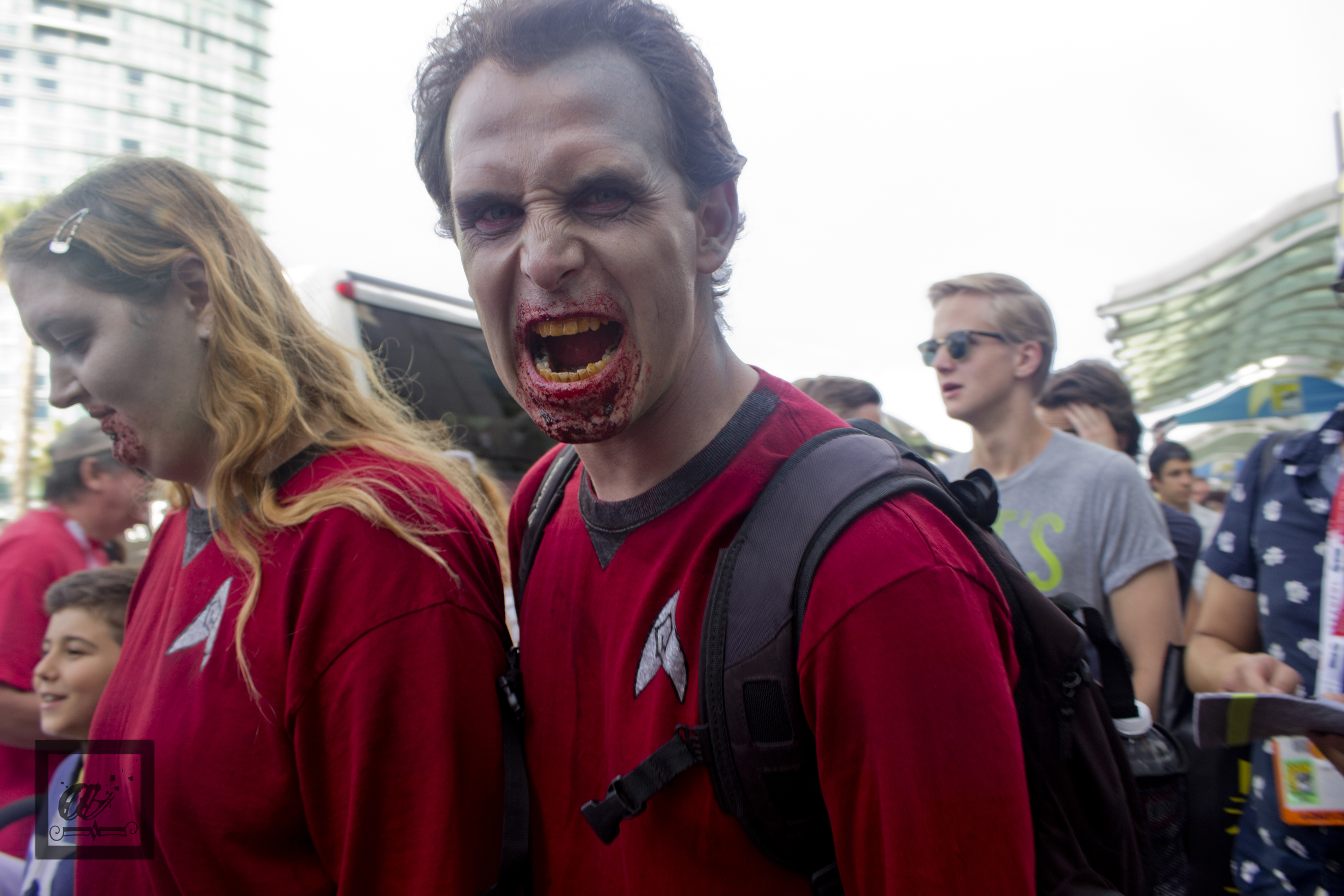 SDCC 2015 Red Shirt Zombie Cosplay