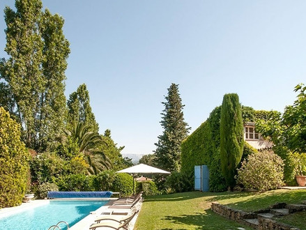 First villa in Provence purchased