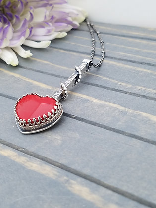 Red Rosarita Heart Necklace