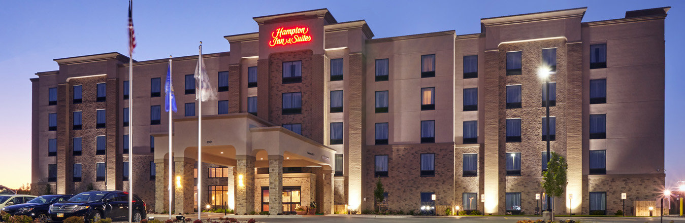 Hampton Inn & Suites Everest Hospitality