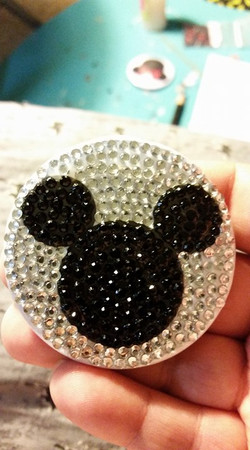 Sparkle Mickey mouse
