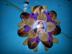 Pocahontas Flowerclip w Crystals