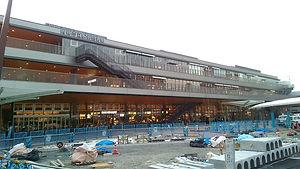 徳山駅前賑わい交流施設