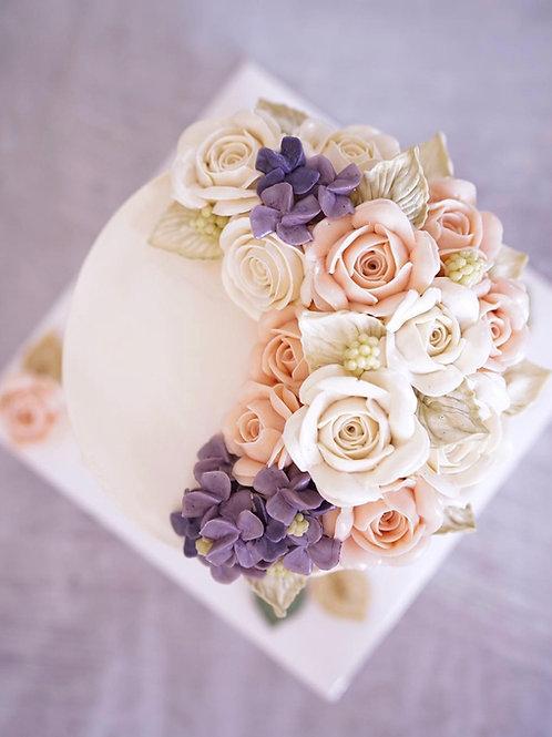 Crescent floral arrangement (6inch)
