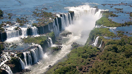one of the largest waterfalls in the world