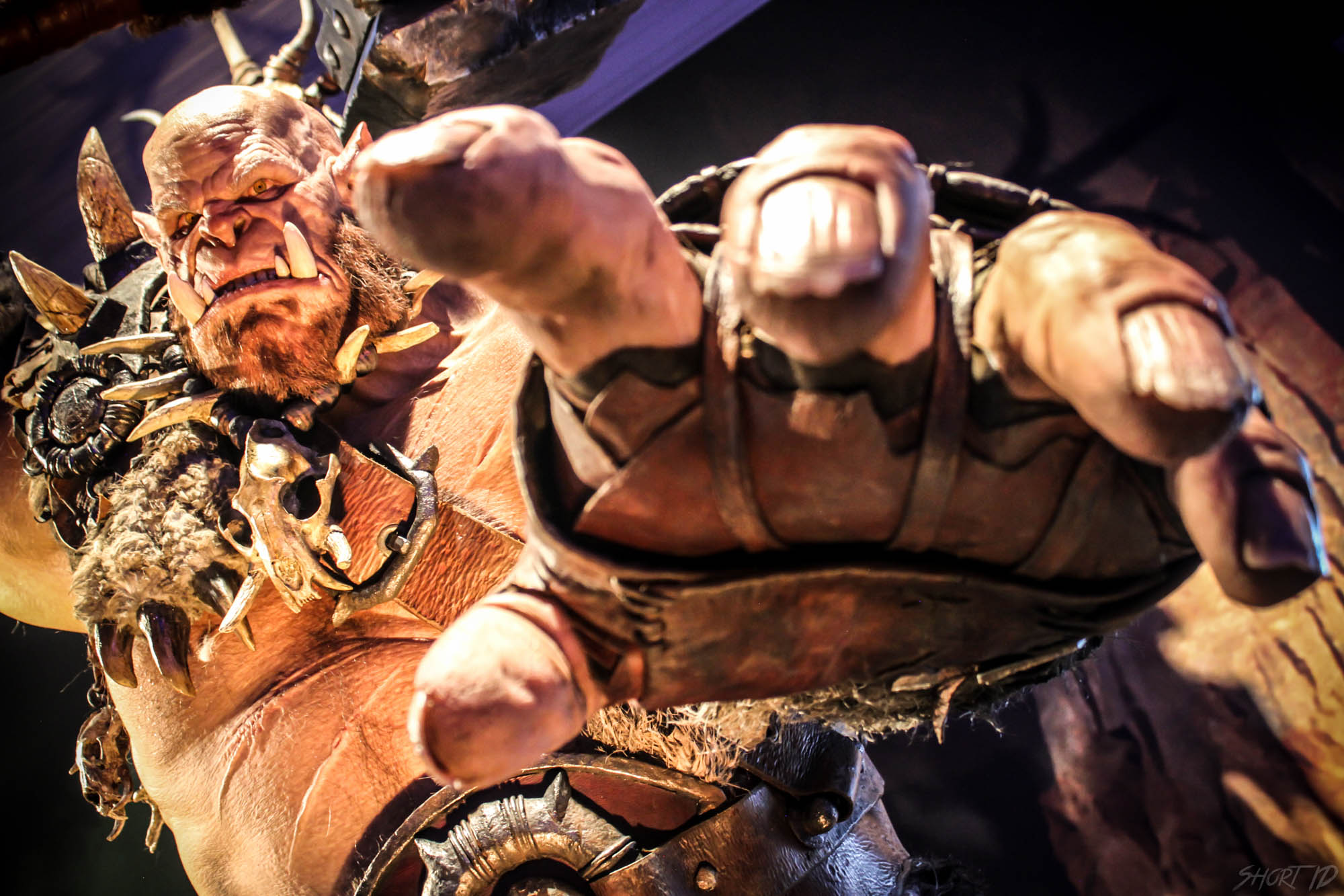 Gamescome 2015 - Statue Film Warcraft 2