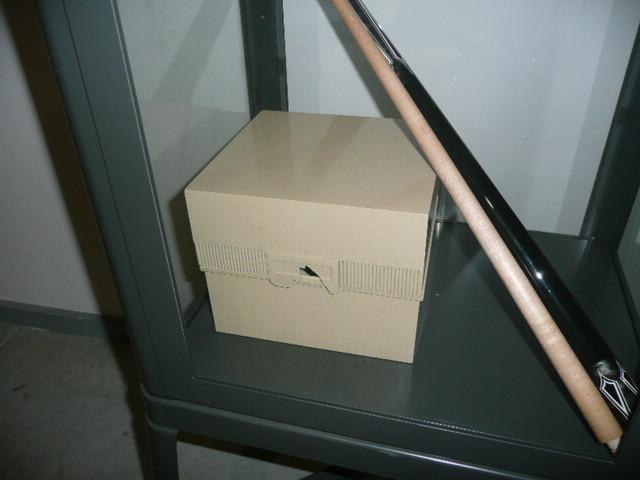 La boîte dans son sarcophage