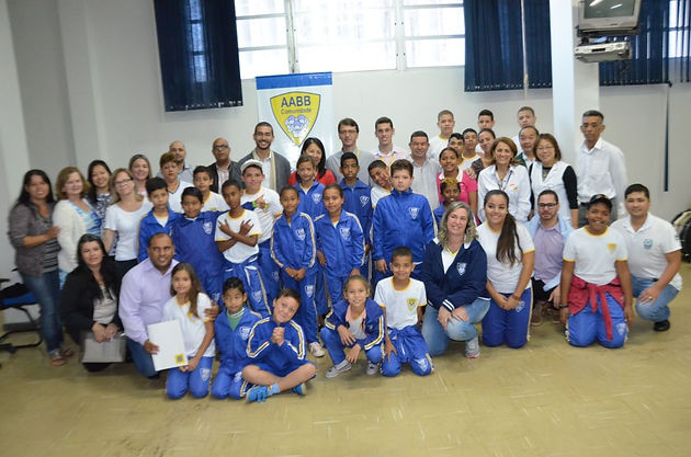 Prefeito de Delmiro sanciona projeto que irá beneficiar 100 crianças e adolescentes