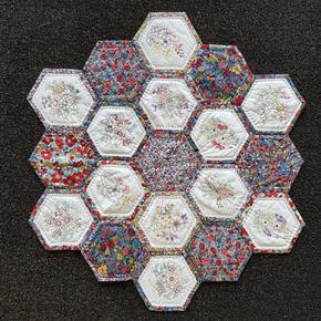 Hexagon quilt.jpg