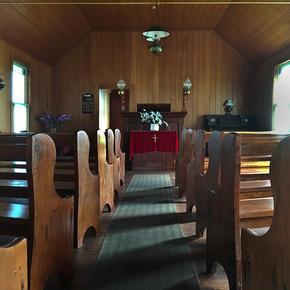 Kauri church interior