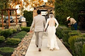 Laura Solis Wedding Teasers-79.jpg