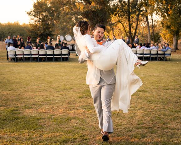 Laura Solis Wedding Teasers-74.jpg