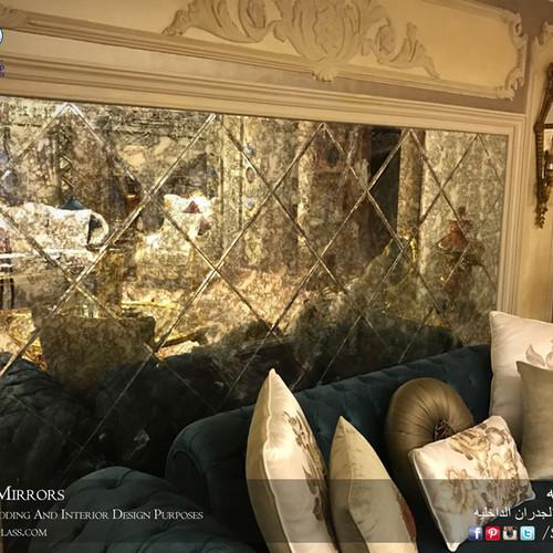 antique mirror3.jpg