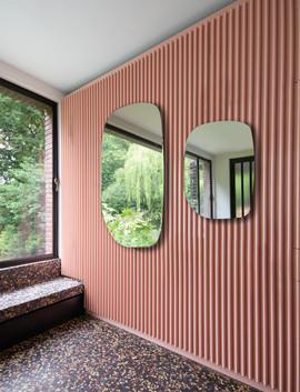 spiegel-PAMUKKALE-ligneroset.jpg