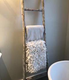 6' towel ladder