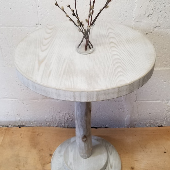 """Calm"" Collection 18"" round accent table"