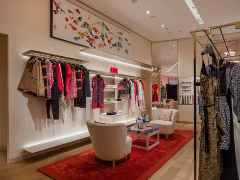 """Louis Vuitton - """"Dans l'épaisseur du paysage"""" dans la boutique de Orlando, USA"""