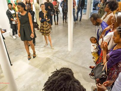 """""""Elle donne du style à son pinceau"""" - Galerie St Joseph - Exposition Septembre 2016"""