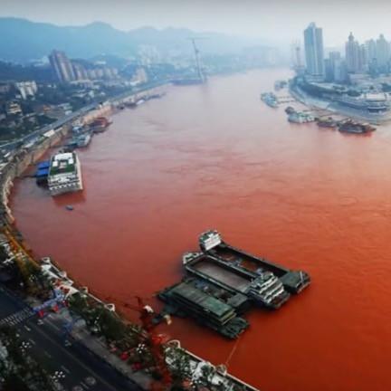 Polluted Yangze River, China