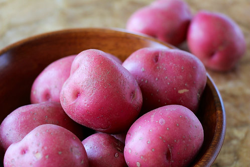 New potatoes (fingerling or yellow, 1/2 lb)