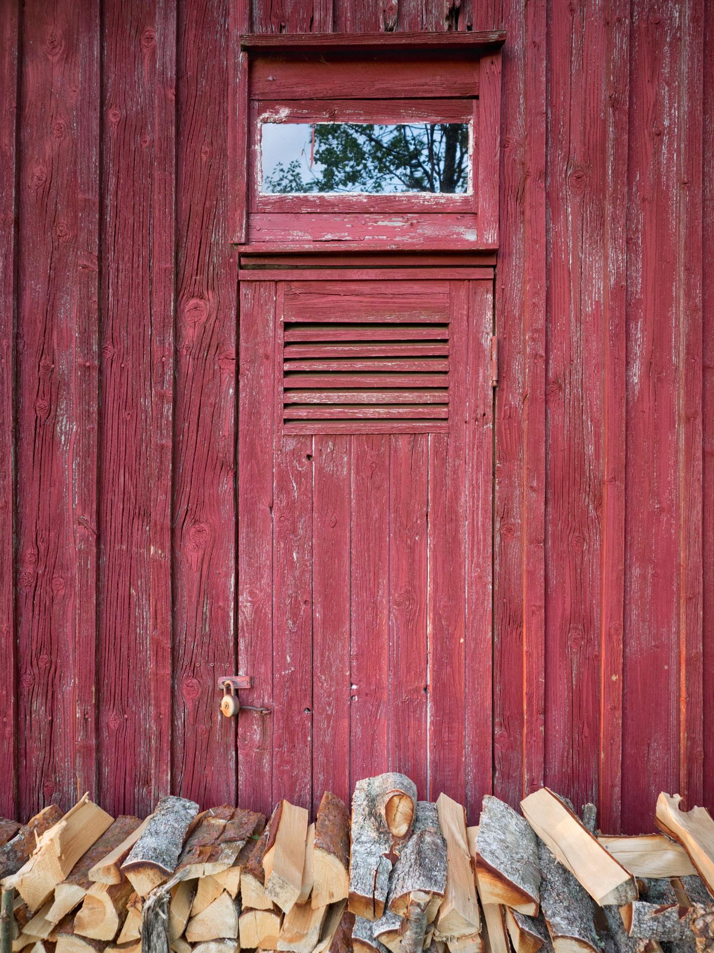 Scheunentür, Smaland, Schweden