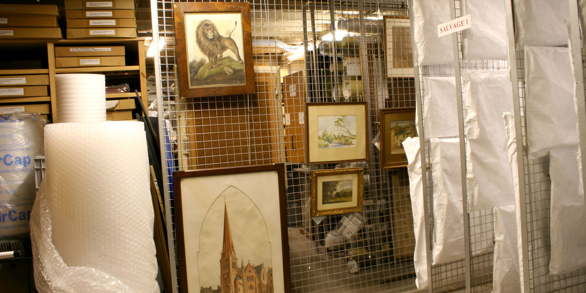 Paintings store