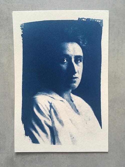 Mulheres incríveis: Rosa Luxemburgo_ Nuvem cianotipia