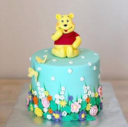 Winnie The Pooh fondant Cake Design,_#em