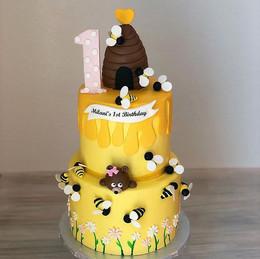 Bumble Bee's Themed Birthday Cake🐝🐝_#e