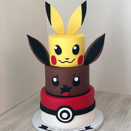 Such a cute Pokeman Birthday Cake for ha