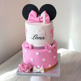 Another Minnie Mouse cake by _emma_caker