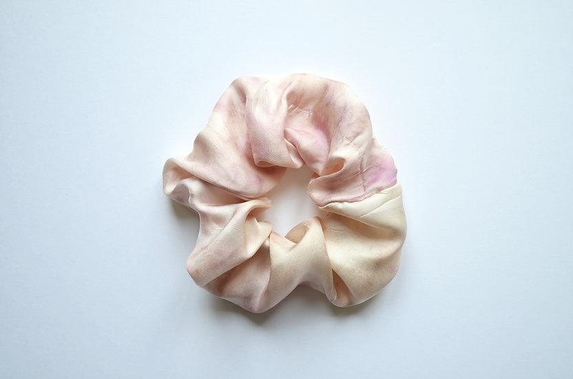 Scrunchie blooming spring