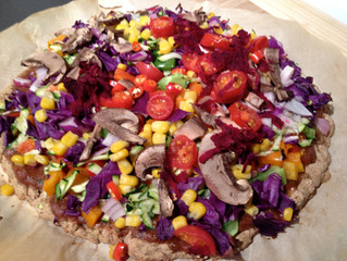Colourful, healthy vegan pizza! oil free, dairy free and low in sodium. Get your veg on!