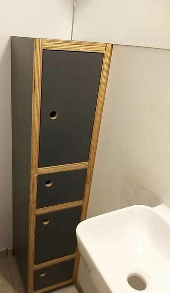 armário multiuso banheiro em compensado naval