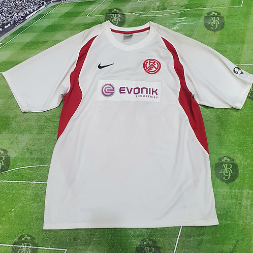 Camiseta Rot Weiss Essen #18 Brandy