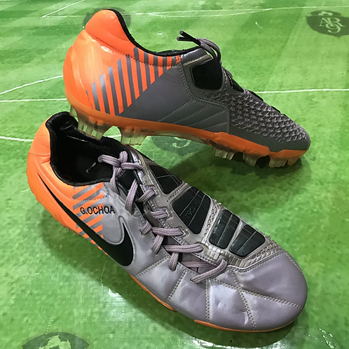 Botines Nike Total 90 Memo Ochoa Talle 9 US