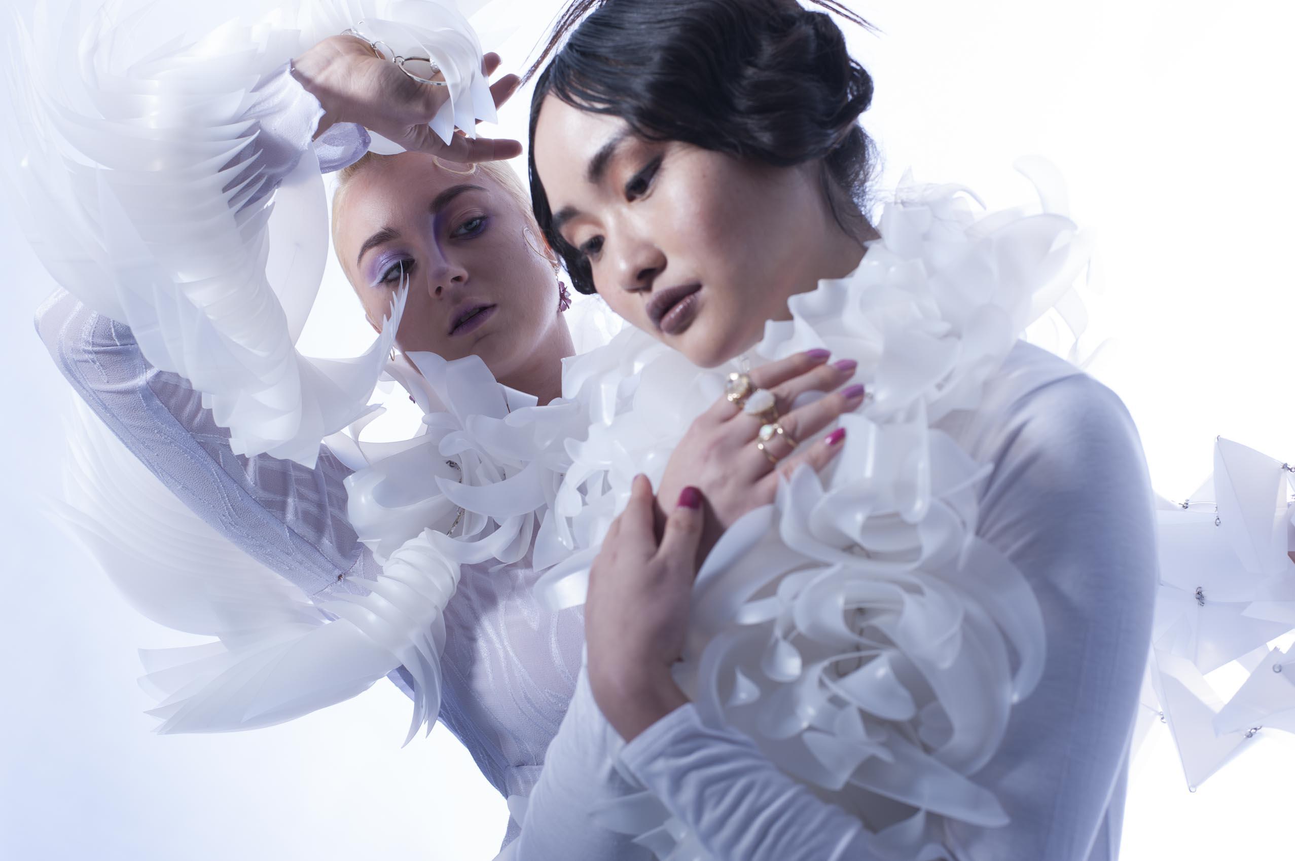 Models Michelle & Lindsey