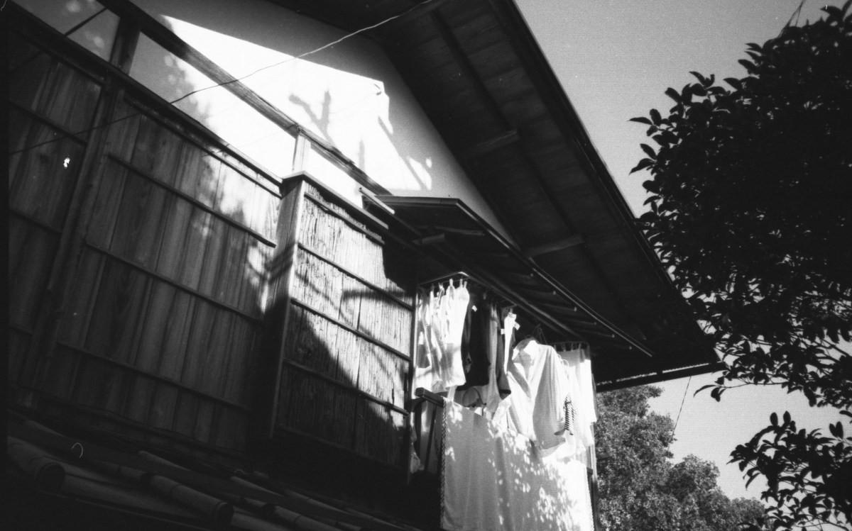 Laundry_in_Hakone_I