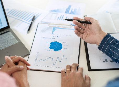 Why Do-It-Yourselfers Should Consider Hiring a Financial Planner