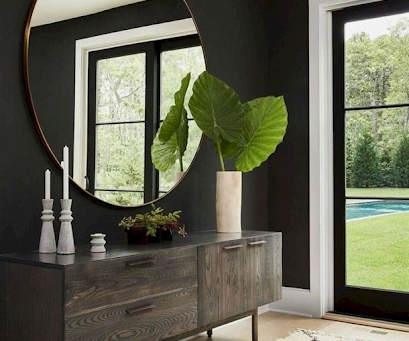 BIGGER IS BETTER – Oversized Mirrors