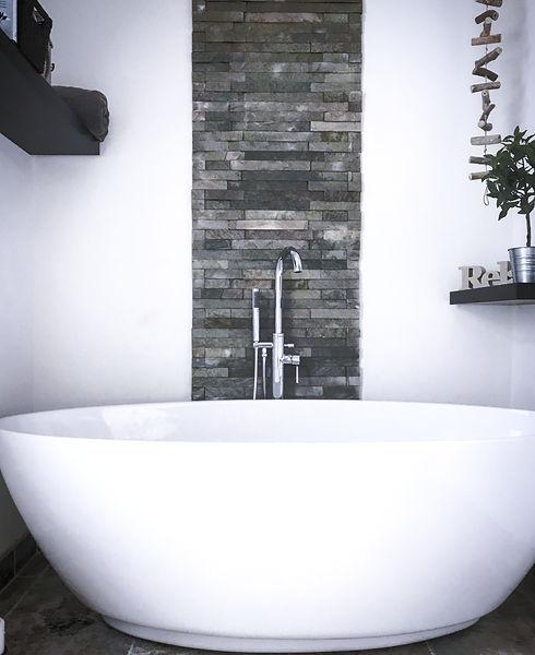 Bathroom installation, kenton.jpg