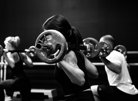 5 Benefits from working out in a group.