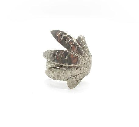 Tong ring.