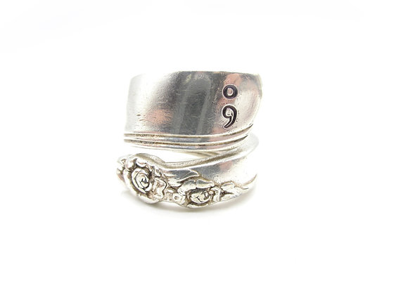 (;) Spoon ring.