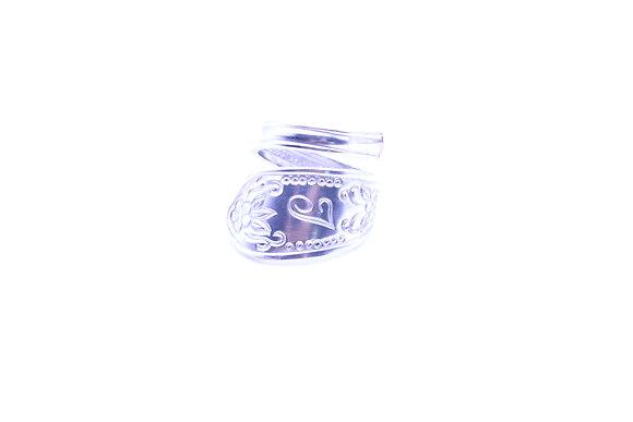 (J) Spoon ring.