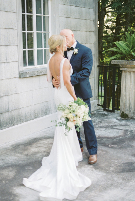 Burritt-on-the-Mountain-Wedding-Huntsvil